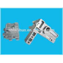 Peso personalizado 0,02-5 kg zinc y piezas de fundición a presión de aluminio