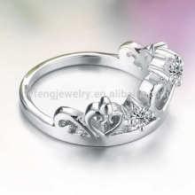Anneau de fiançailles de la bande de la Couronne, bijoux en diamant de platine