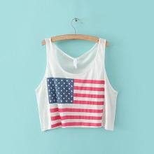 Frauen weißes reizvolles halbes Trägershirt