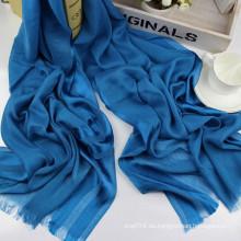 Bufanda de viscosa brillante de la raya brillante larga del tamaño de las mujeres