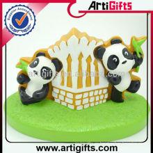 MOQ 100pcs personalizado panda encantadora muñeca para regalo de cumpleaños