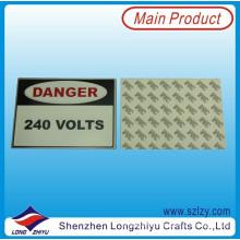 Etiqueta de metal de etiqueta de metal de etiqueta de metal de diseño gratis