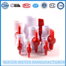 Beyaz PVC Küresel Vana 1 / 2-15mm