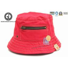 Bonnet et chapeau brodé personnalisé