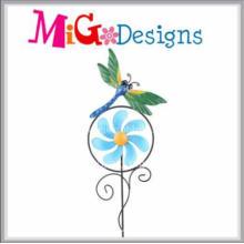 Estaca de metal elegante Ladybird molino de viento Estaca de mano de metal de impresión de mano