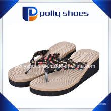 Женские сандалии дамы скольжения на обуви Сплетенный летом флип-флоп