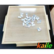 mesa de dominó
