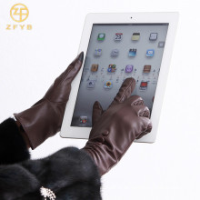 Hochwertige Schafe prägnante Art Leder-Touch-Handschuh