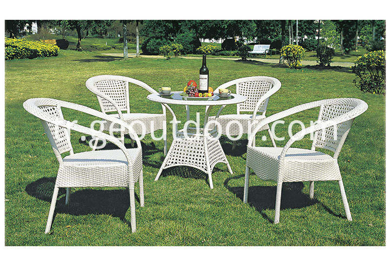 Aluminum round patio dining set