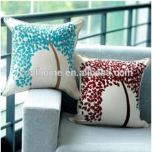 Coussin d'oreiller en osier solide rouge intérieur / extérieur parfait