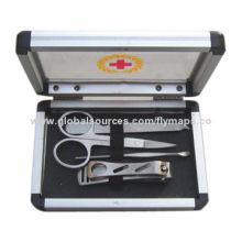 Aluminum Case Manicure Set