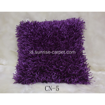 Polyester Shaggy Cushion Dengan Design