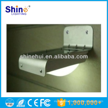 Factory direc wholesale good quality energy-saving motion sensor solar led door courtesy light