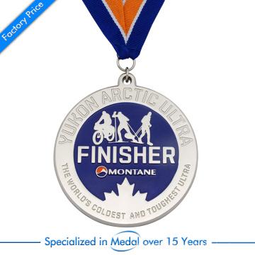 Medalla de montaña de la alta calidad 3D de la fuente de encargo de la aduana de la subida con el esmalte suave