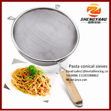 Assortiment de passoires de cuisine pjust asta paniers avec poignées en bois pour tamis coniques spaghetti en acier inoxydable carbonara
