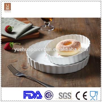 Rayado de cerámica de cerámica barata ramekins placas y cuchillería al por mayor