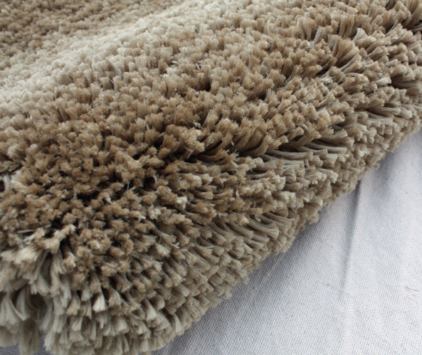 Soft Polyester Shaggy Rug Tube Color
