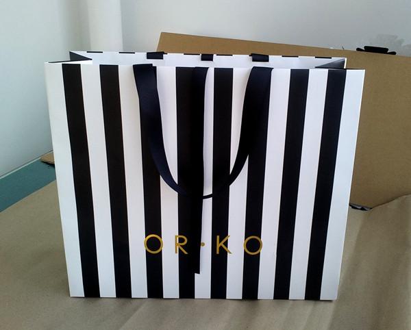 Garment Paper Bag103