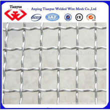 Wrapped edge crimped wire mesh