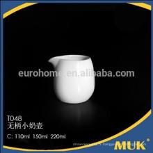 Eurohome wholesale hotel royal design crème de lait en porcelaine blanche