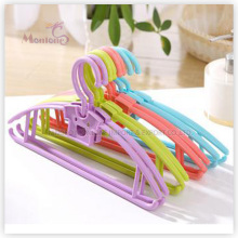 PP Plastic Adult Clothes Hanger Set of 2