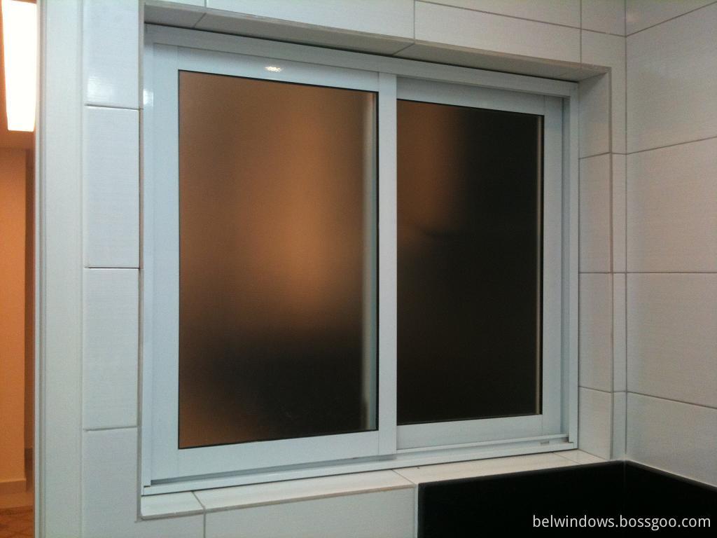 Frostat glas badrum/toalett/tvättrum aluminium skjutbara fönster ...