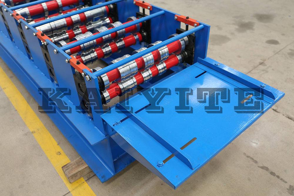 floor deck making machine