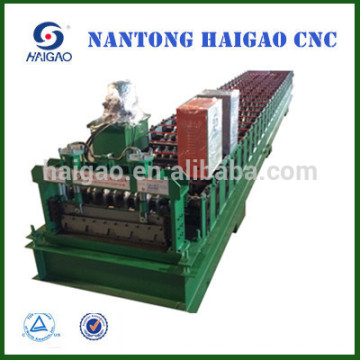 HGC60-221-845B rouleau d'acier de couleur de la CNC de couche simple formant la machine / la formation de tuile de toiture