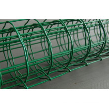 "PVC-Coated Welded Wire Mesh in 2"" to 4"""