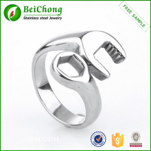 Fashion Silver Plated Stainless Steel Man Ring Design