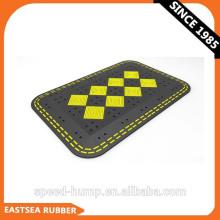 Новые идеи продукта Таблица скоростей безопасности дорожного движения черного / желтого каучука
