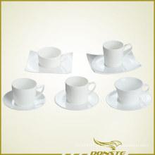 Xícara de café e pires conjunto