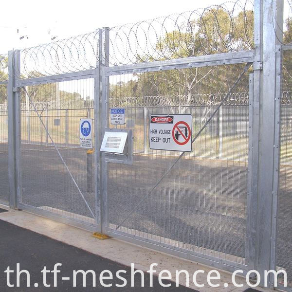 358 MESH FENCING GATE