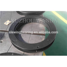 Rolling slewing ring with black oxide coating