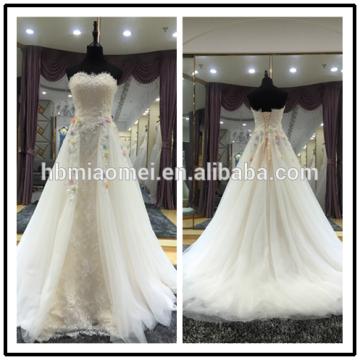 Moderno simple elegante más el tamaño Appliqued barato rebordear Rhinestone sin tirantes Alibaba grada gasa vestido de novia blanco