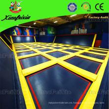 El parque de trampolín interior Super Fun de China