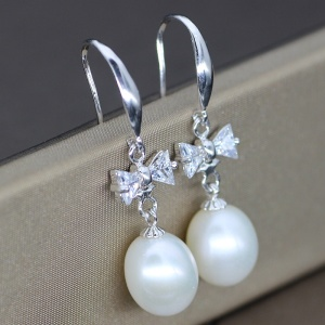 Wholesale Freshwater Pearl Fashion Dangling Earring