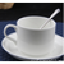 OEM design duas peças de chá de porcelana ou xícaras de café e pires