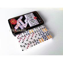 Domino de color D6 en estaño común
