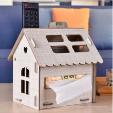 Titular de tecido em forma de casa de madeira molhada do ofício