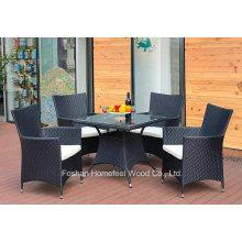 Ensemble de table à manger en rotin à 5 pièces comprenant coussin de siège