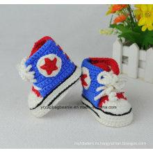 Ручная работа с вязаными шапочками для малышей Америки и мягкая спортивная обувь