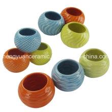 Pot de ceramique coloré, décoration intérieure