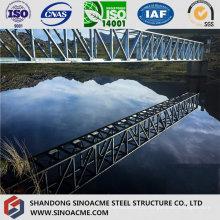 Pont en treillis de structure métallique en acier