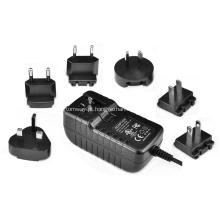 Adaptador de alimentação de parede ITE com conector intercambiável 16V1A
