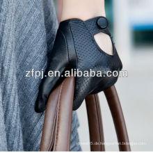 Dame schwarze Leder Mode Stud Auto Fahrhandschuhe