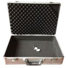 High quality aluminum camera case with sponge foam and shoulder belt