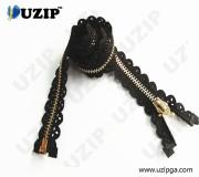 5# Cotton Lace Tape Fashion Accessories Lace Zipper with Ykk Zipper Metal