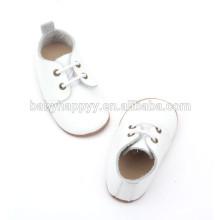 Горячие продажи подлинной кожи простой белый крещение детская обувь