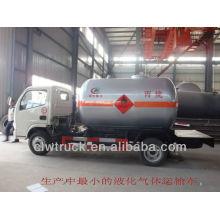 2015 Dongfeng Mini Eruo IV 4 * 2 camión del tanque de gas del lpg para la venta